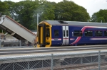 The same unit getting ready for the off, back to Edinburgh having stopped approx 5 minutes.  Photograph: Jim Dick